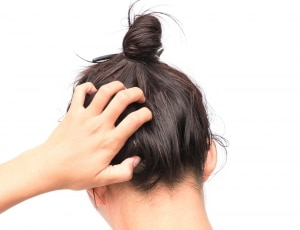 PHS HAIRSCIENCE®️ Five tips for dealing with a very sensitive scalp